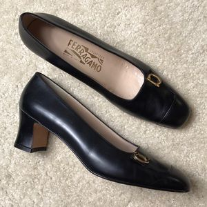 Salvatore Ferragamo vintage leather pumps